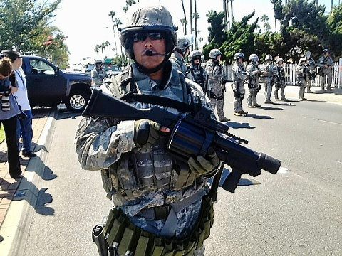 How 2 write a thesis statement on a career as a SWAT officer?